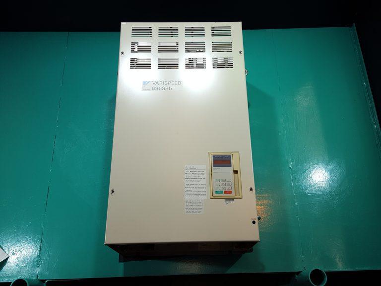 Yaskawa / Varispeed 686SS5 Inverter CIMR-SSA4055 400V 55kW